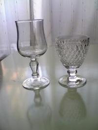 Wine_glasses_2